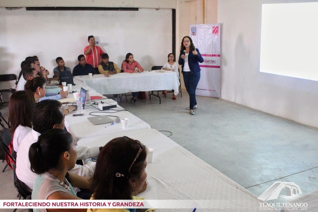"""""""Gobierno y Juventud: Administración Pública y Casos de Éxitos con Perspectivas de Juventud"""""""