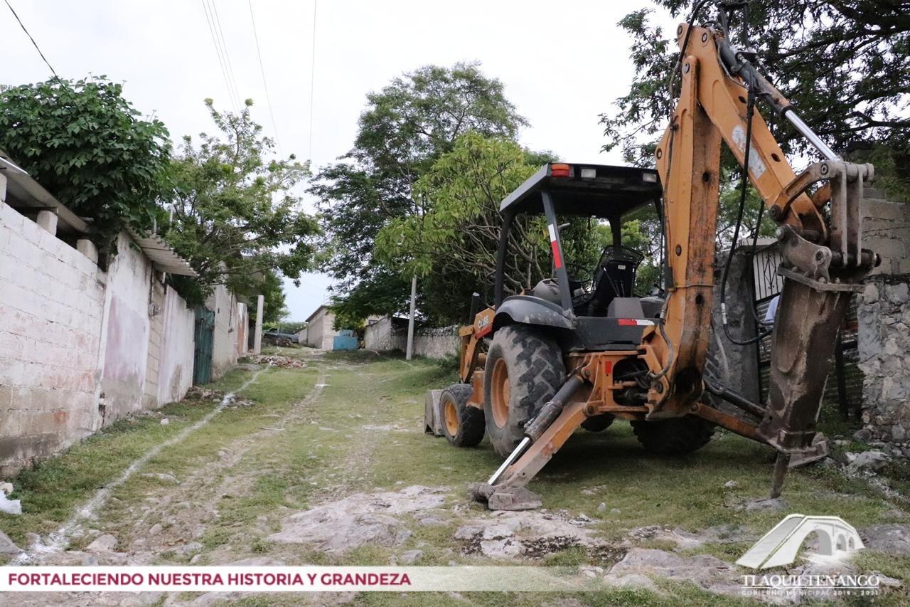 Pavimentación con concreto hidráulico de la calle La Cruz