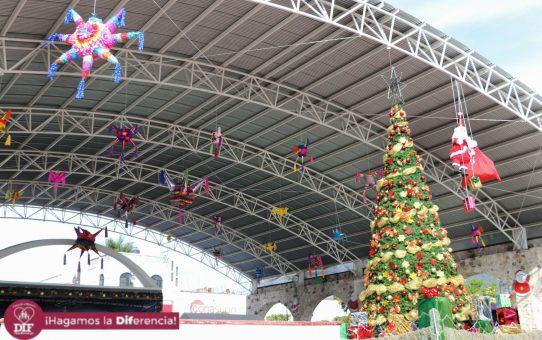 Ceremonia de Encendido de Árbol de Navidad en Tlaquiltenango