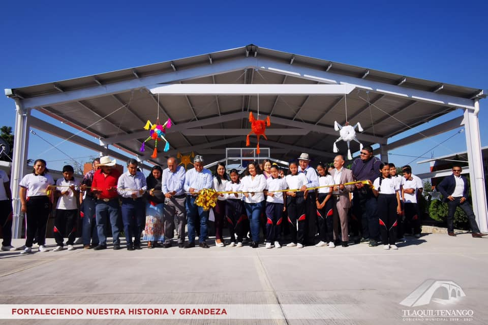 Entrega de Obras en la Col. 3 de Mayo y la Localidad de Quilamula