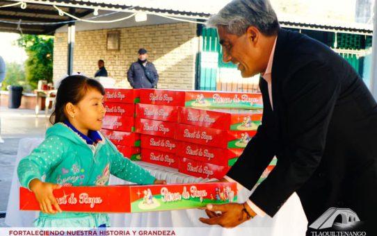 Entregan la Tradicional Rosca de Reyes a Instituciones Educativas
