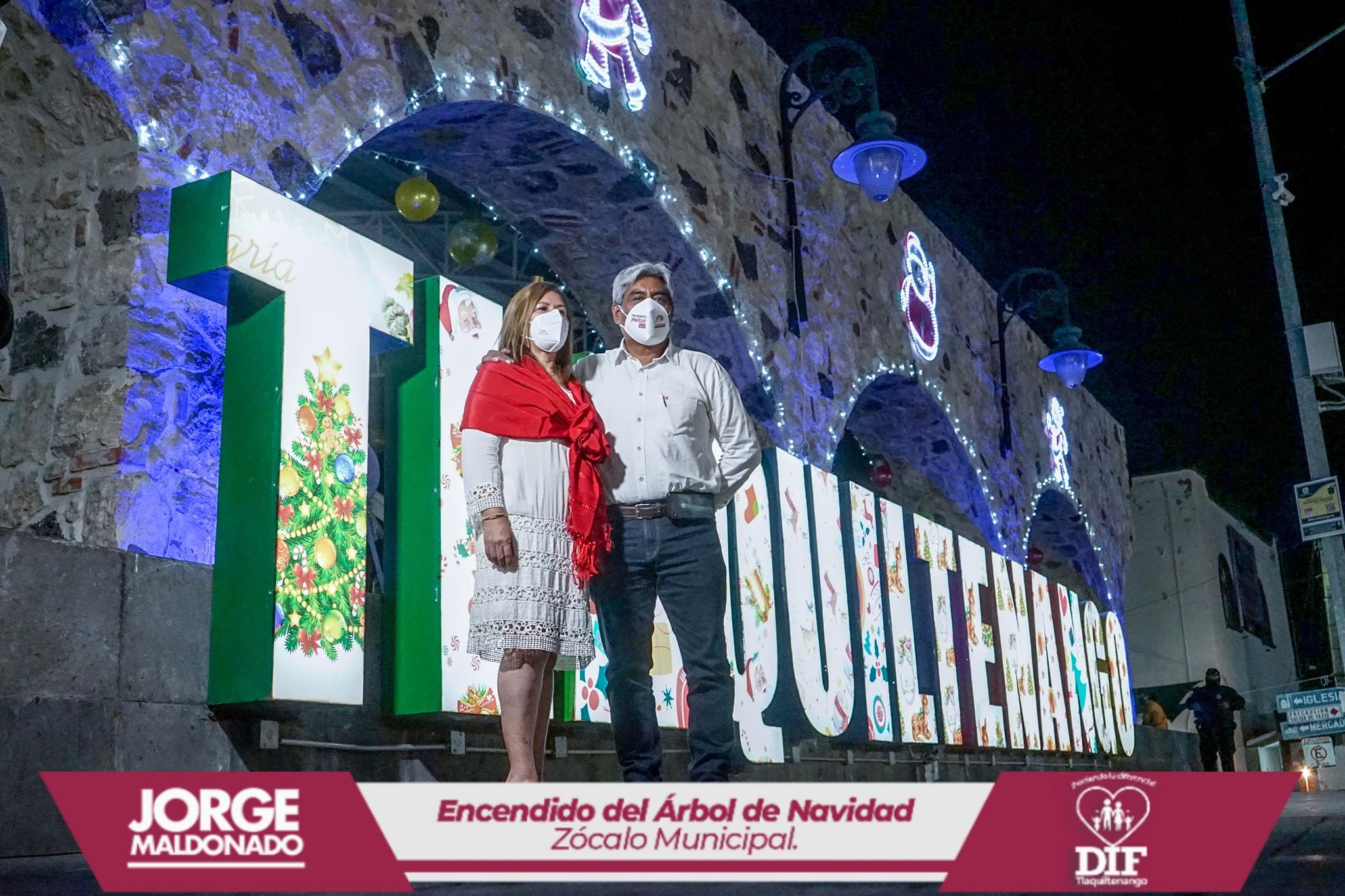Encendido del Árbol de Navidad en Tlaquiltenango