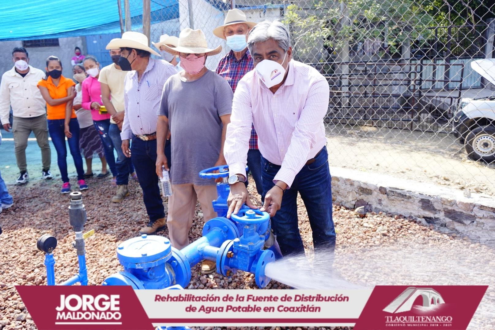 El Profe Jorge Maldonado entrega obra en la comunidad de Coaxitlan